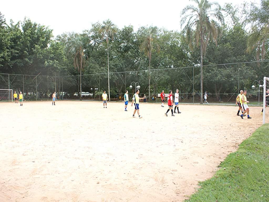 b583b55fc0 Campos de Futebol - Clube de Regatas